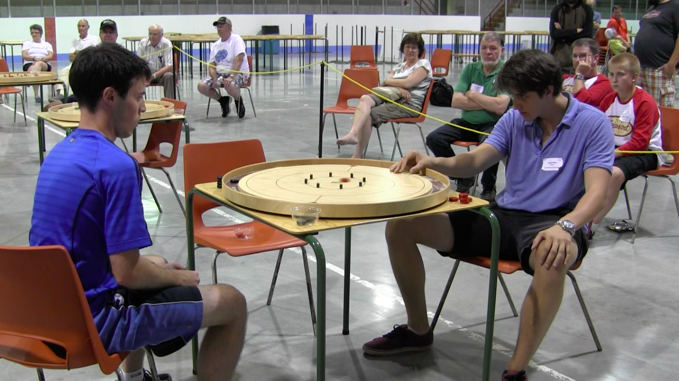 Action during Game 2 of the 2016 World Final between Nathan Walsh (left) and Justin Slater (right)